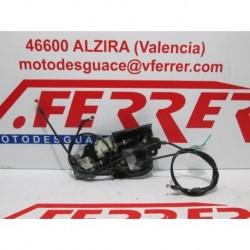 CONJUNTO CABLES Y MOTOR APERTURA COFRE de repuesto de una moto PIAGGIO X8 125 2005
