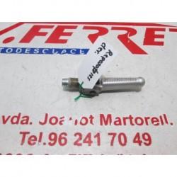ESTRIBERA DERECHA de repuesto de una moto RIEJU MATRIX RS 2 2005.