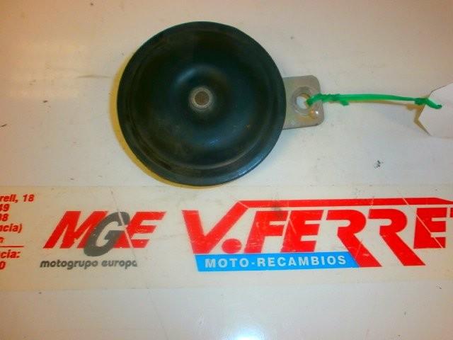 CLAXON de repuesto de una moto KYMCO YUP 250 2003