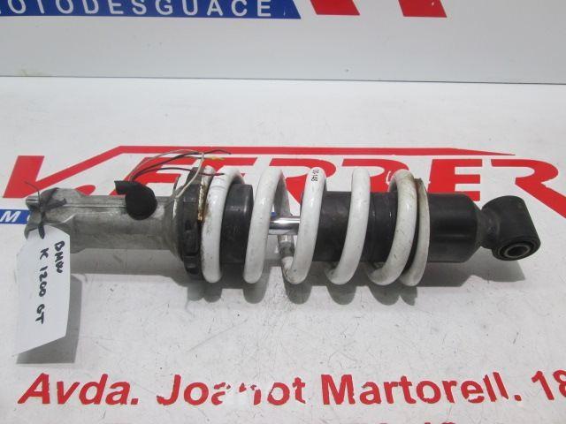 AMORTIGUADOR DELANTERO (CABLES CORTADOS, RASCADO) de repuesto de una moto BMW K 1200 GT 2007