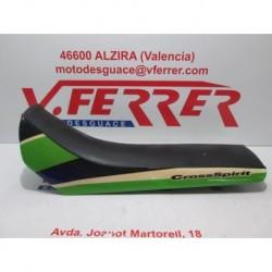 ASIENTO VERDE de repuesto de una moto DERBI SENDA R X-TREM