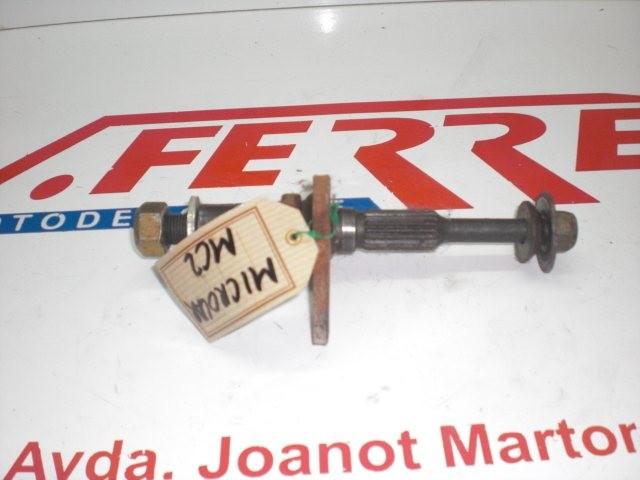 ARBOL RUEDA TRASERA 1 de repuesto de una moto MICROCAR MC 2 2007