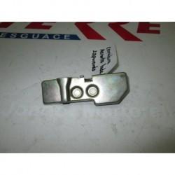 CERRADURA ASIENTO LADO IZQUIERDO de repuesto de una moto Daelim S2 125 2006