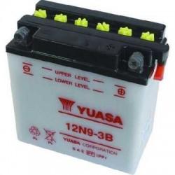 Battery for scooter or moped brand YUASA model 12N9-3Bde 12v 9Ah.