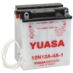 Bateria para moto o ciclomotor marca YUASA modelo 12N12A-4A-1 de 12v 12Ah