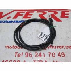 Cables cierre maletero de repuesto de una moto Gilera GP800 del año 2010