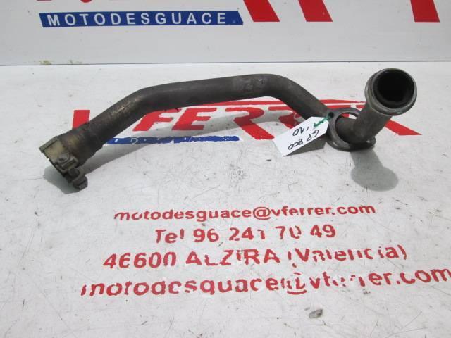 Colector escape 2 de repuesto de una moto Gilera GP800 del año 2010
