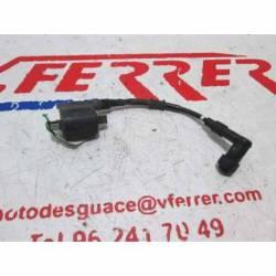 BOBINA DE ALTA de repuesto de una moto HONDA PCX 125 2011