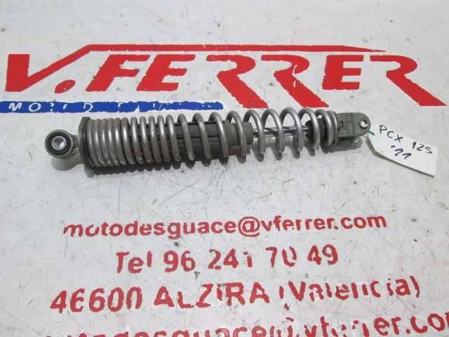 AMORTIGUADOR TRASERO DERECHO de repuesto de una moto HONDA PCX 125 2011