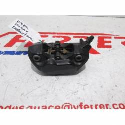Motorcycle KTM DUKE 125 2012 Front Brake Caliper (radial) Replacement
