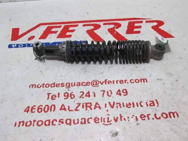 Amortiguador trasero izquierdo de repuesto de una GILERA NEXUS 250 del año 2008