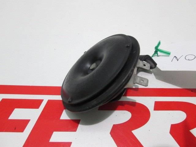 Claxon de repuesto de una moto Aprilia SHIVER 750 del 2011