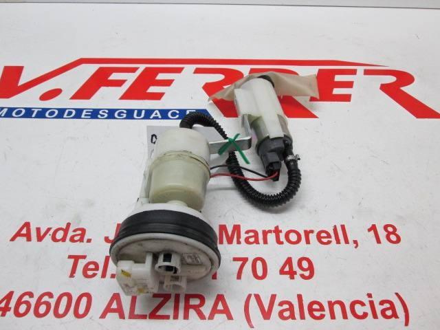 BOMBA GASOLINA de repuesto de una moto GILERTA FUOCO 500 2008.