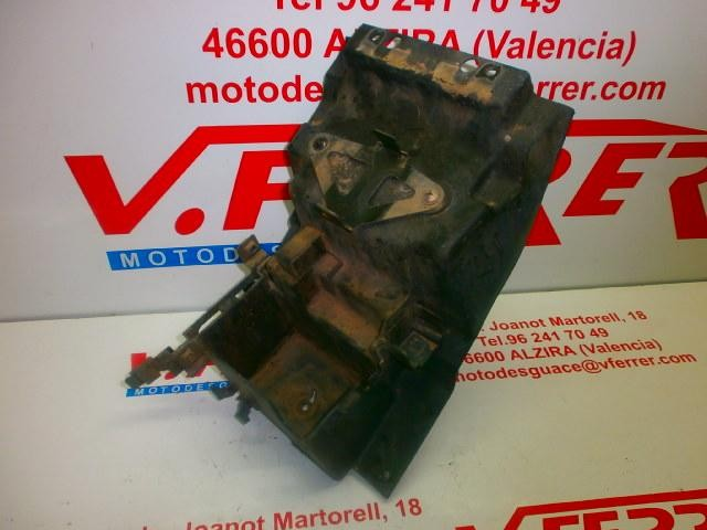 BATTERY BOX of KAWASAKI ZX 750 R with 55908 km.