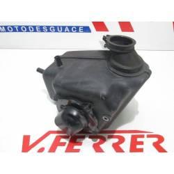 Caja filtro aire de repuesto de una moto Suzuki Marauder 125 del año 2008