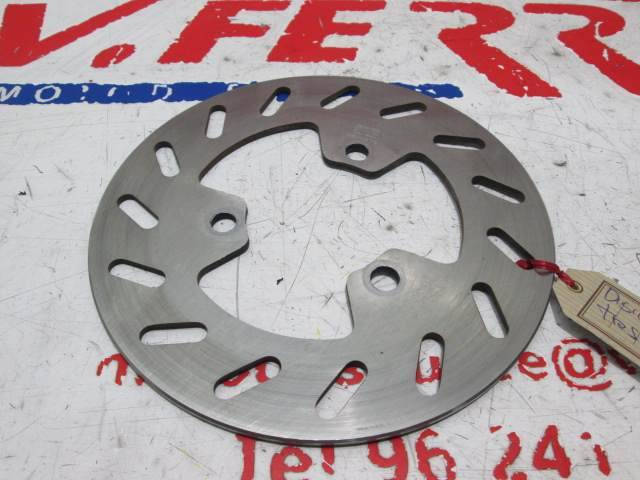 Disco freno trasero de repuesto de una moto Derbi Predator 50 Agua