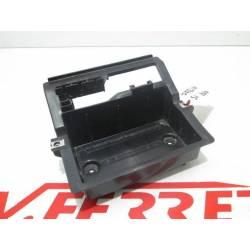 Caja bateria de repuesto de una moto Daelim S1 del año 2010