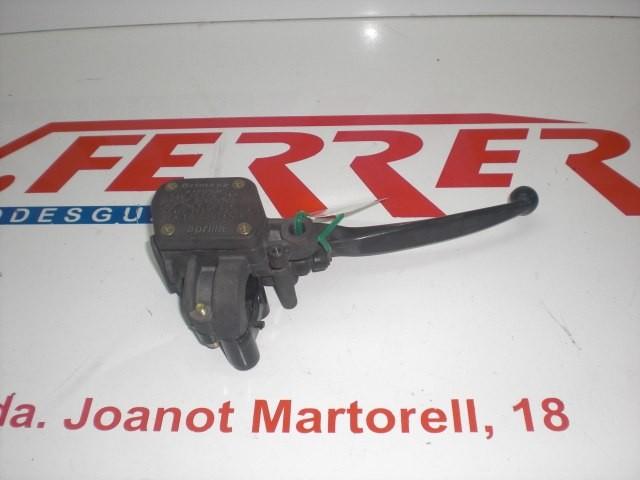 BOMBA FRENO DELANTERO DERECHA de repuesto de una moto APRILIA ARRECIFE 250 2005