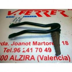 ESTRIBERA TRASERA IZQUIERDA COMPLET de repuesto de una moto DERBI GPR 50 2006