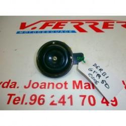 CLAXON de repuesto de una moto DERBI GPR 50 2006