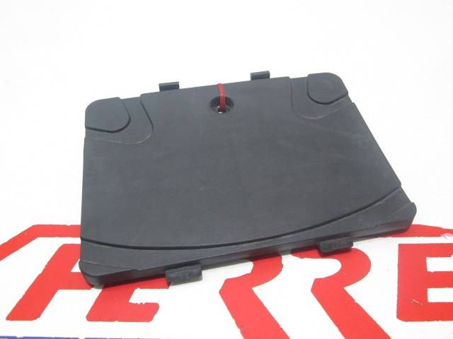 BATTERY BOX COVER (KKD6-E000) Vitality 50 2016