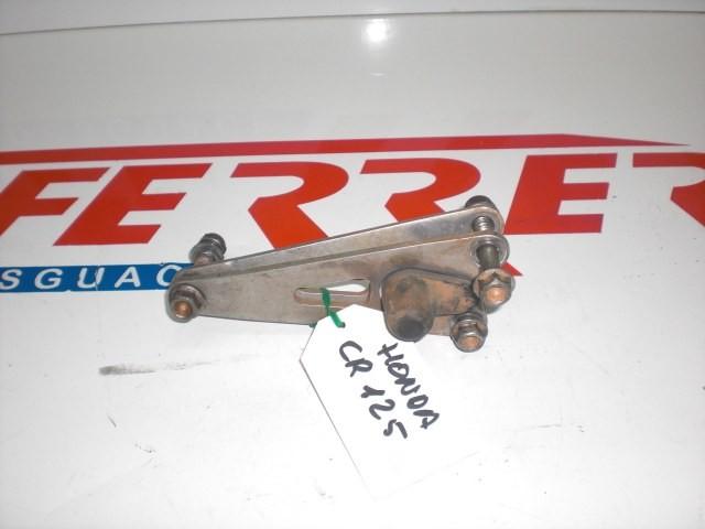 SOPORTE SUPERIOR MOTOR de repuesto de una moto HONDA CR 125 CROSS