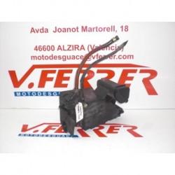 CAJA FILTRO AIRE de repuesto de una moto HONDA REBEL 250 2000
