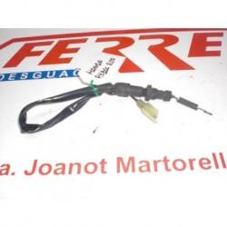 INTERRUPTOR LUZ FRENO TRASERO de repuesto de una moto HONDA REBEL 250 2000