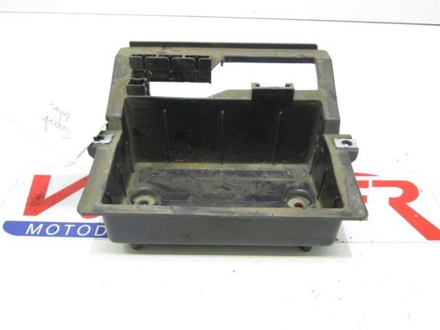BATTERY BOX S1 125 2011
