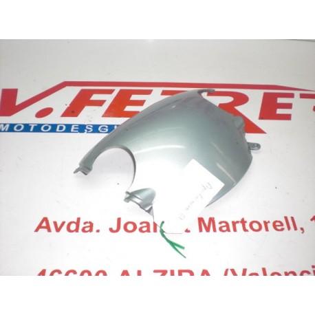TAPA SUPERIOR MANILLAR de repuesto de una moto APRILIA AREA 51 1999