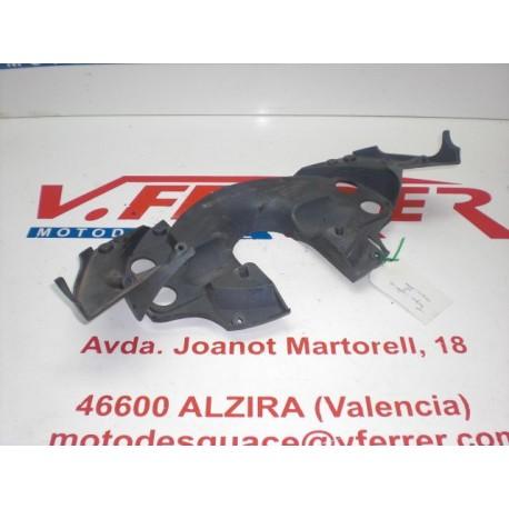 TAPA INFERIOR MANILLAR de repuesto de una moto APRILIA AREA 51 1999