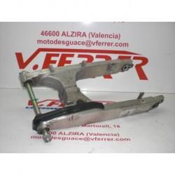 BASCULANTE de repuesto de una moto HONDA VARADERO XL 1000 V 2002