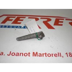 ESTRIBERA TRASERA DERECHA de repuesto de una moto APRILIA AREA 51 1999