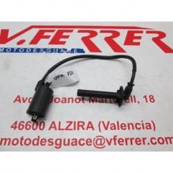 BOBINA DE ALTA 3 de repuesto de una moto HONDA VFR 750