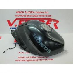 DEPOSITO GASOLINA SIN LLAVE de repuesto de una moto HONDA VFR 750