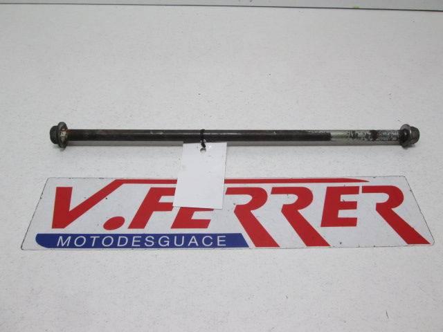 CENTRAL ENGINE BRACKET SHAFT V-Strom 650 2011