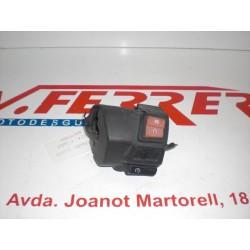 MANDO LUCES DERECHO CON TAPAS (DESGASTADO DEL SOL) de repuesto de una moto APRILIA ATLANTIC 250 2008