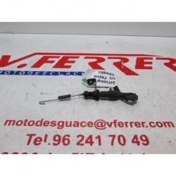 INTERRUPTOR LUZ FRENO TRASERO de repuesto de una moto HONDA CB 500 SPORT 1998