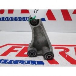 BIELETA SUSPENSION TRASERA de repuesto de una moto HONDA CBR 1000 RR 2004 2004