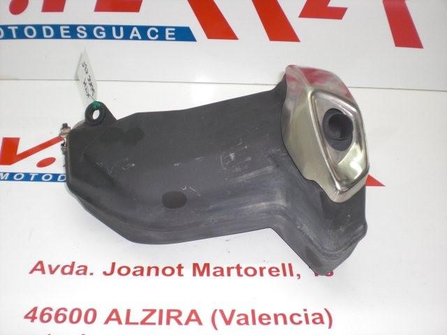 SILENCIOSO TRASERO de repuesto de una moto KTM DUKE 125 2011