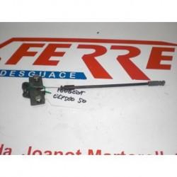 CIERRE ASIENTO Y CABLE de repuesto de una moto PEUGEOT ELYSEO 50 CC 2001