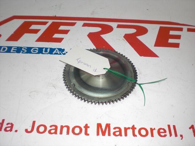POLEA FIJA VARIADOR DENTADA de repuesto de una moto PEUGEOT VIVACITY 50 2007