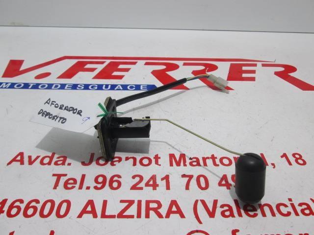 AFORADOR DEPOSITO GASOLINA de repuesto de una moto PEUGEOT VCLIC 50 2010
