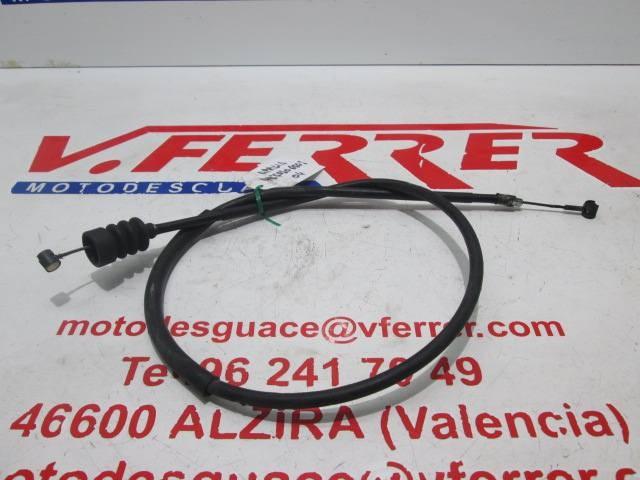 CABLE EMBRAGUE de una APRILIA PEGASO 650 2004