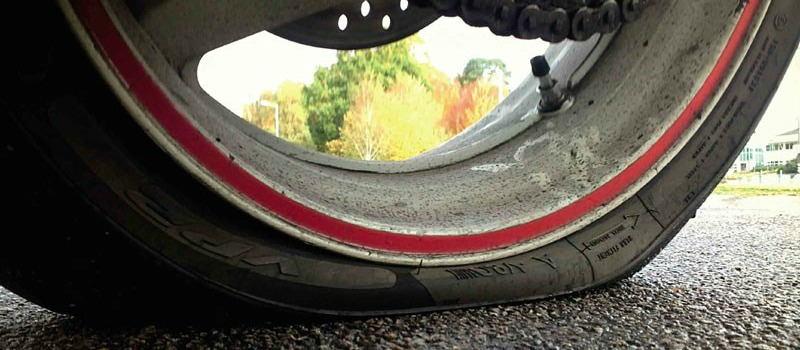 Cuando cambiar los neumáticos de tu moto?