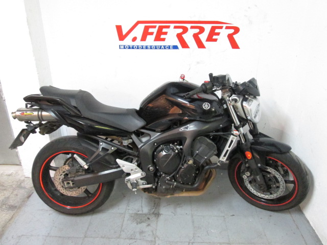 Right part Yamaha FZ6 to scrapping